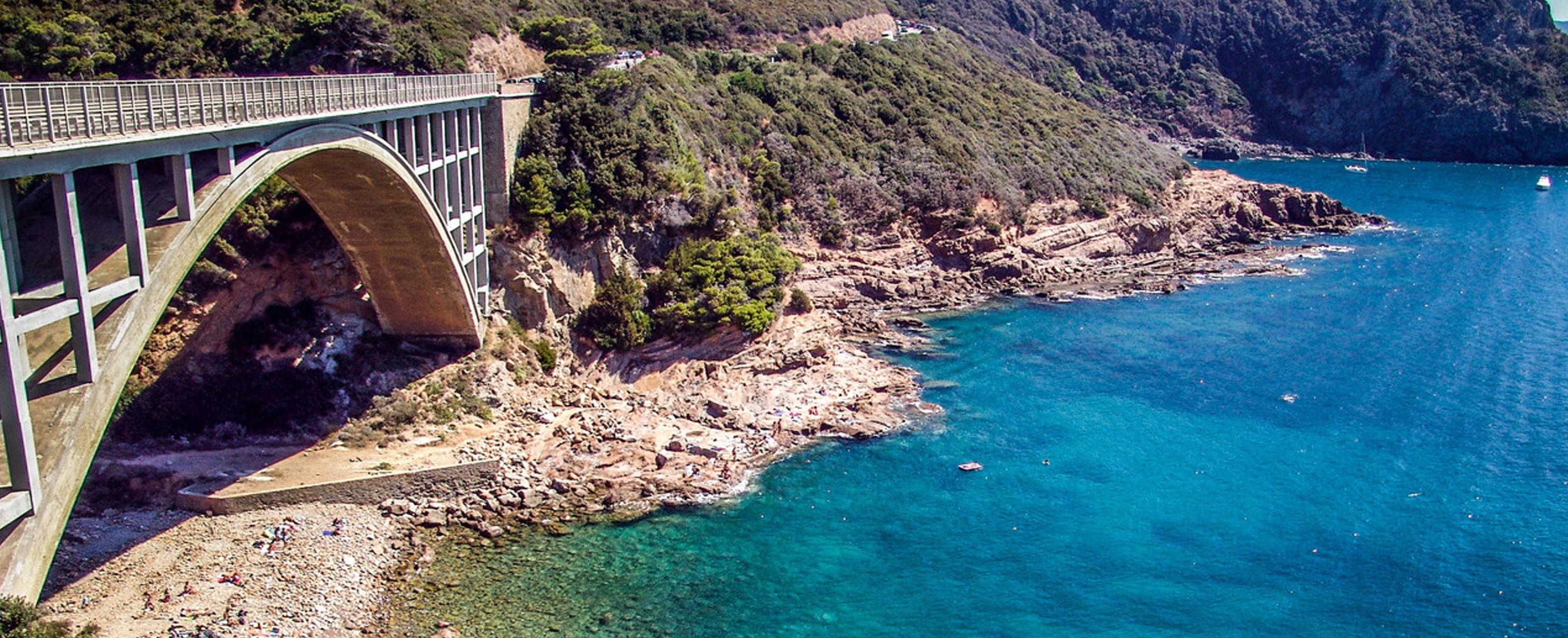 Base nautica toscana fenice 500 for Disegni di ponte a 2 livelli